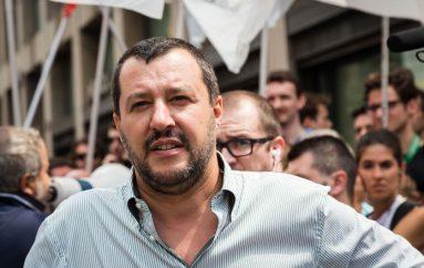 """Salvini: """"10 milioni ai familiari delle vittime di Rigopiano"""""""