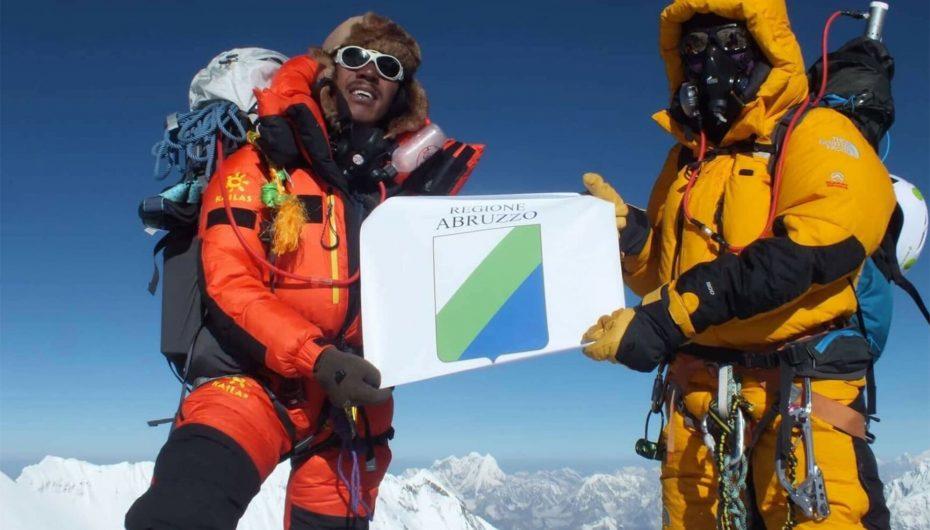 Abruzzo in vetta al Mondo: Everest.